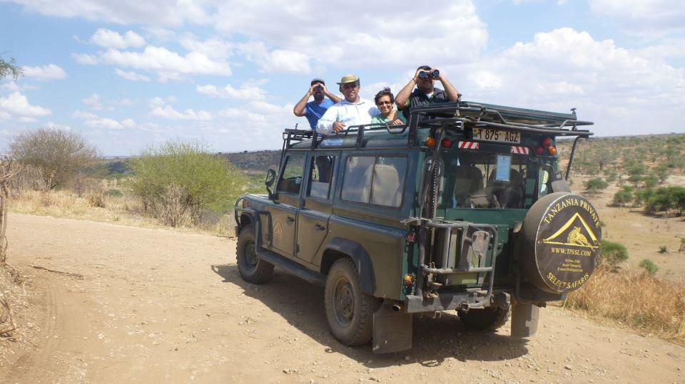 Tansania Private Select Safaris Jeep